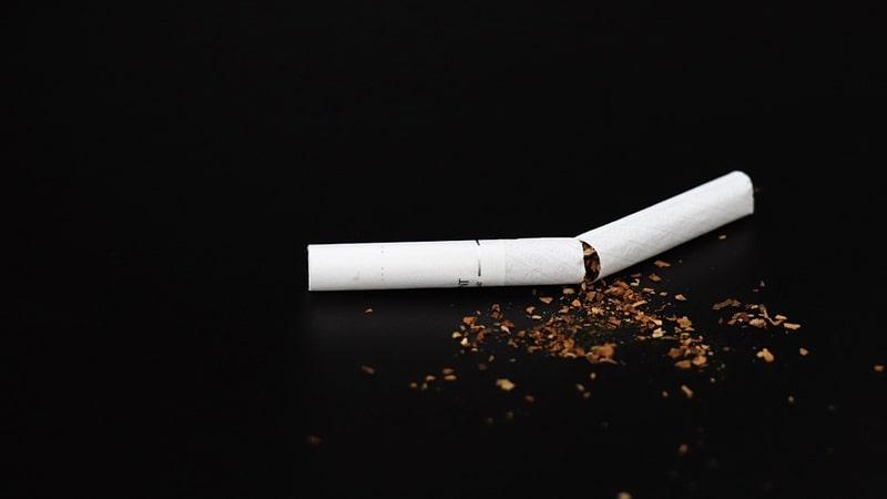 Efek Berhenti Merokok Total - Batang Rokok