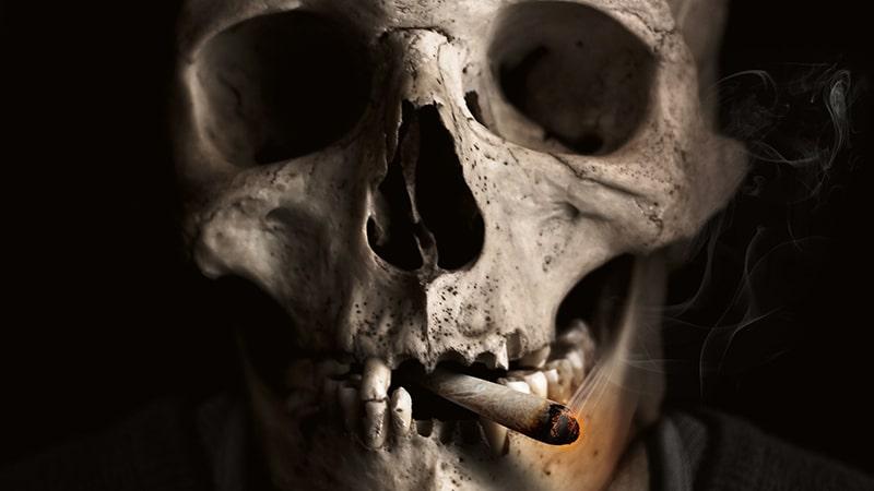 cara berhenti merokok secara alami - tengkorak