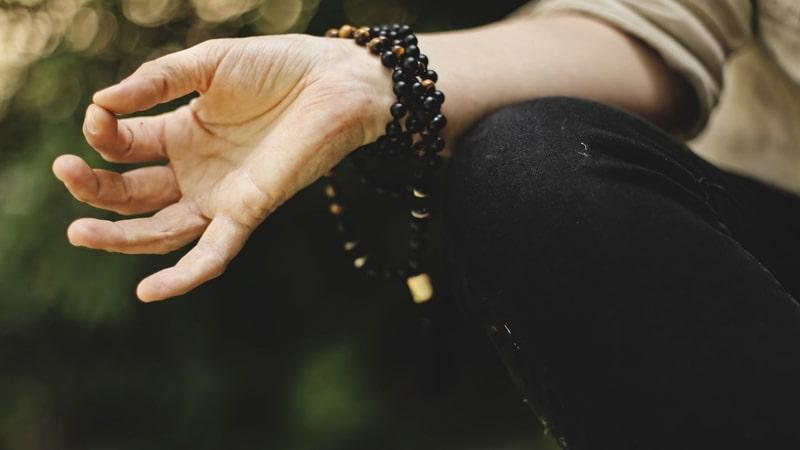 Terapi Alternatif Membantu Berhenti Merokok - Yoga