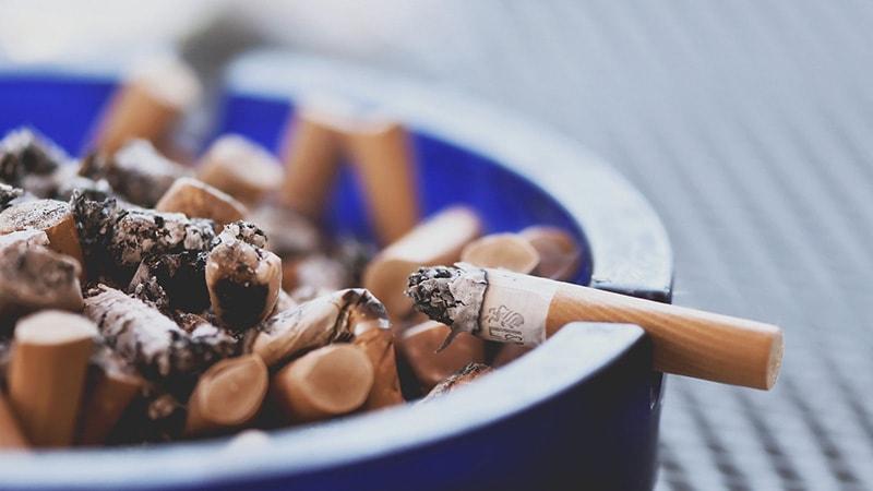 risiko virus corona terhadap perokok aktif